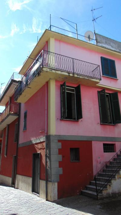 Vai alla scheda: Casa Semindipendente Vendita - Mugnano del Cardinale (AV) - Rif. 8748
