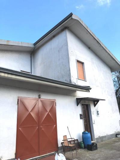Vai alla scheda: Appartamento Affitto - Aiello del Sabato (AV) - Rif. 8536