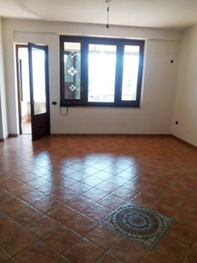 Vai alla scheda: Appartamento Affitto - Avella (AV) - Rif. 8758