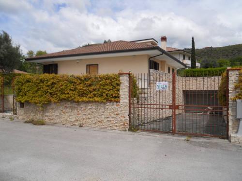Vai alla scheda: Villa singola Vendita - Pastorano (CE) - Rif. 249PASTORANO