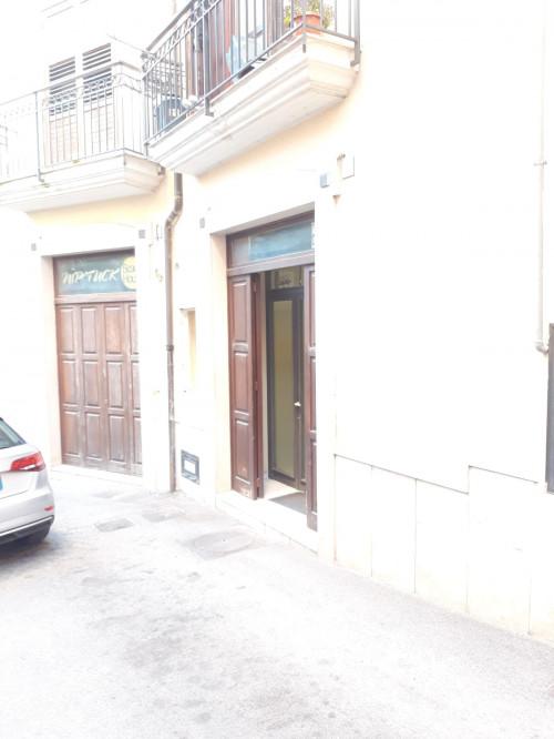Vai alla scheda: Locale Commerciale Affitto - Avellino (AV)   Centro storico - Rif. 12307