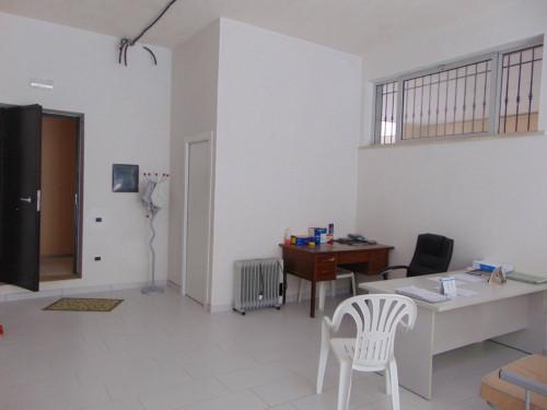 Vai alla scheda: Locale Commerciale Vendita - Santa Maria Capua Vetere (CE)   Zona Stazione - Rif. 55 DIA