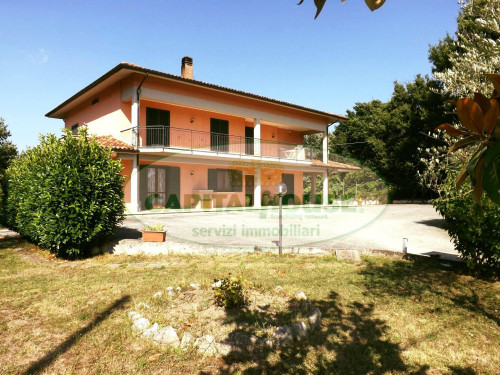 Vai alla scheda: Villa singola Vendita - Pratola Serra (AV) | Serra - Rif. 8564