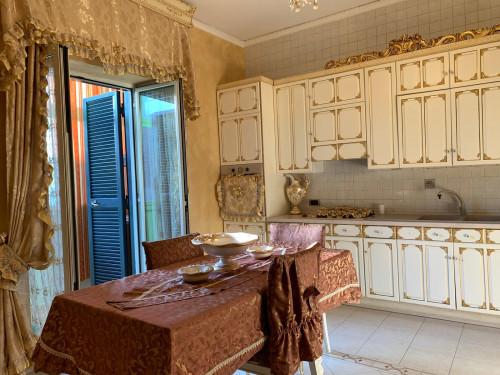 Vai alla scheda: Appartamento Affitto - Afragola (NA)   Zona Amendola - Rif. 8380