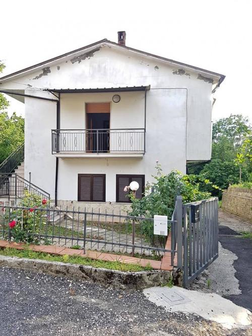 Vai alla scheda: Casa Semindipendente Vendita - Santo Stefano del Sole (AV) - Rif. 8583