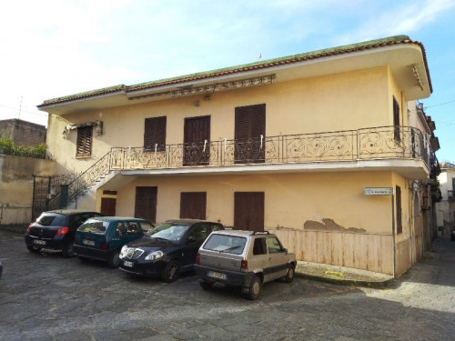 Vai alla scheda: Casa Semindipendente Vendita - Tufino (NA) - Rif. 192701
