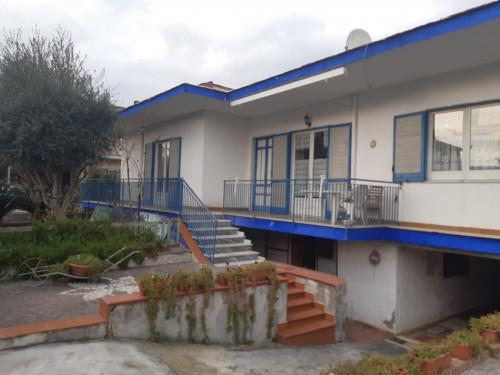 Vai alla scheda: Villa singola Vendita - Marigliano (NA) - Rif. 192876