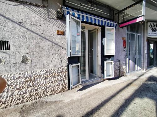 Vai alla scheda: Attività Commerciale Affitto - Casoria (NA) | Via Principe di Piemonte - Rif. 44