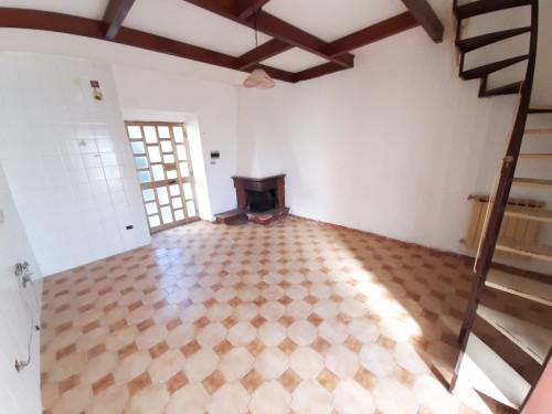 Vai alla scheda: Casa Semindipendente Vendita - Montoro (AV) | Piano - Rif. 8417