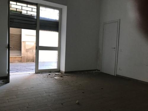 Vai alla scheda: Attività Commerciale Affitto - Santa Maria Capua Vetere (CE) | Zona Tribunale - Rif. 800DIL