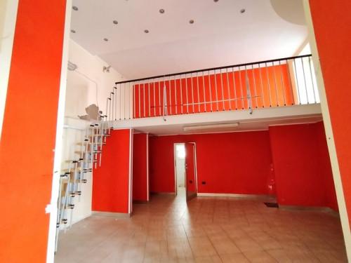 Vai alla scheda: Attività Commerciale Affitto - Pomigliano d'Arco (NA) - Rif. 59