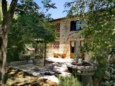 Vai alla scheda: Rustico / Casale / Corte Vendita - San Gimignano (SI) - Rif. 8409