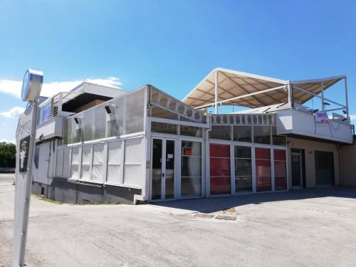 Vai alla scheda: Locale Commerciale Affitto - San Vitaliano (NA) - Rif. 192930
