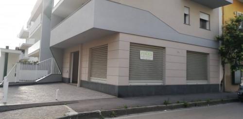 Vai alla scheda: Locale Commerciale Affitto - Marigliano (NA) - Rif. 192954