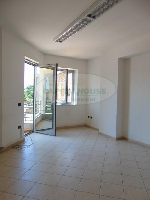 Vai alla scheda: Ufficio Affitto - Santa Maria Capua Vetere (CE) | Zona Tribunale - Rif. 420UF