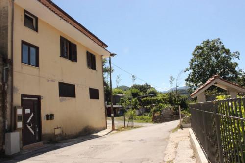 Vai alla scheda: Casa Semindipendente Vendita - Forino (AV) - Rif. 11139
