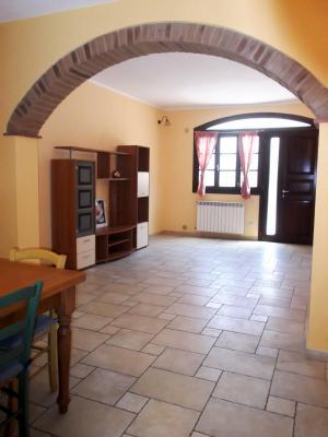 Vai alla scheda: Appartamento Affitto - Certaldo (FI) - Rif. 8958