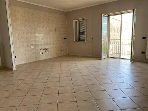 Vai alla scheda: Appartamento Affitto - Afragola (NA) - Rif. 8435