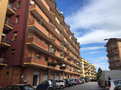 Vai alla scheda: Attività Commerciale Affitto - Avellino (AV) - Rif. 12311885