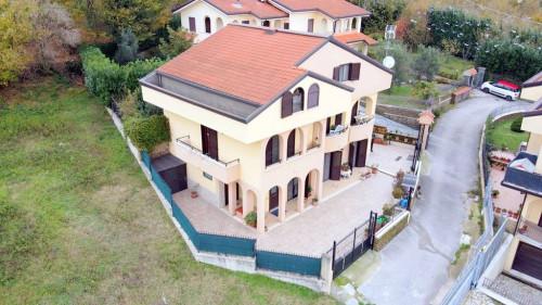 Vai alla scheda: Villa singola Vendita - Monteforte Irpino (AV)   Alvanella - Rif. 11092
