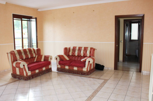 Vai alla scheda: Appartamento Affitto - Capriglia Irpina (AV) - Rif. 12775