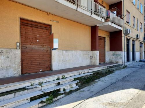 Vai alla scheda: Locale Commerciale Affitto - Marigliano (NA) - Rif. 190657