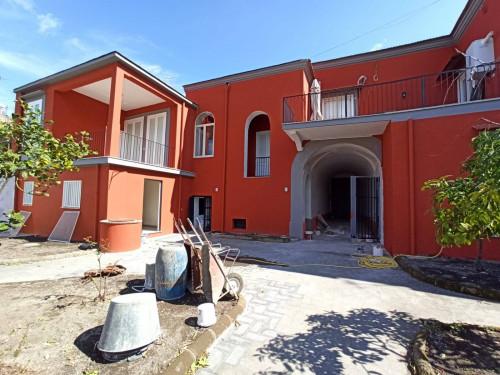 Vai alla scheda: Villa singola Affitto - Ottaviano (NA) - Rif. 458969