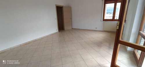 Vai alla scheda: Appartamento Affitto - Caserta (CE) | Sala - Rif. 530CG