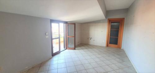 Vai alla scheda: Appartamento Affitto - Caserta (CE) | San Benedetto - Rif. 350ED