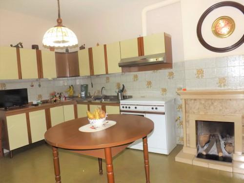 Vai alla scheda: Casa Semindipendente Vendita - Pratola Serra (AV) - Rif. 8691