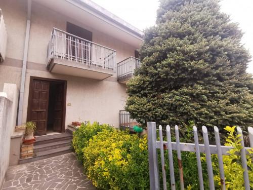 Vai alla scheda: Villa a schiera Affitto - Cicciano (NA) - Rif. 192740