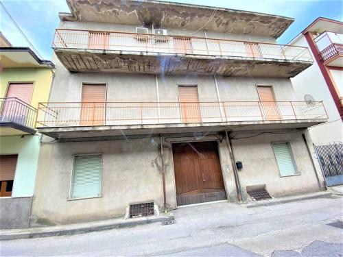 Vai alla scheda: Casa indipendente Vendita - Mugnano del Cardinale (AV) - Rif. 190544