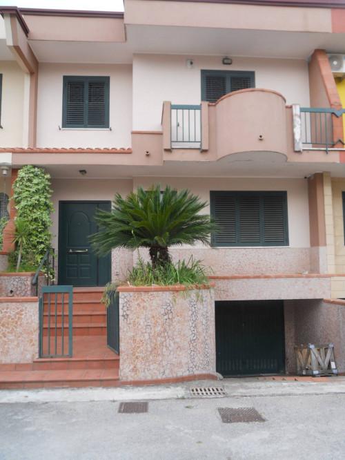 Vai alla scheda: Villa a schiera Vendita - Pignataro Maggiore (CE) - Rif. 129villa
