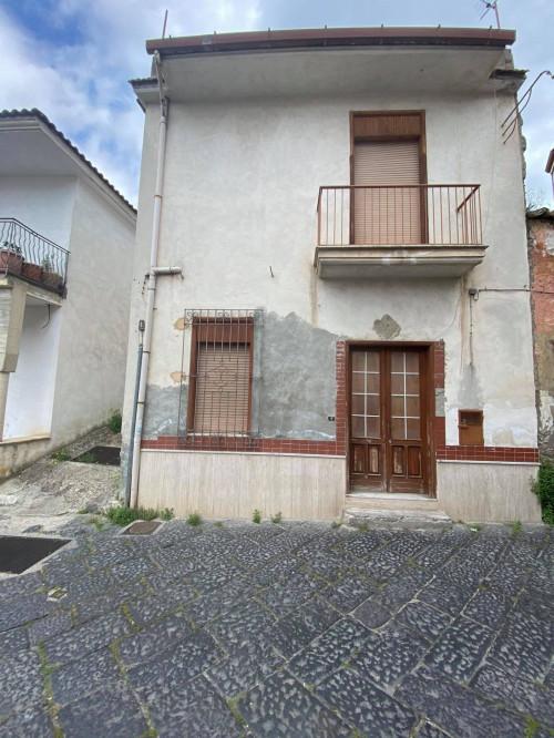 Vai alla scheda: Casa Semindipendente Vendita - Mugnano del Cardinale (AV) - Rif. 190553