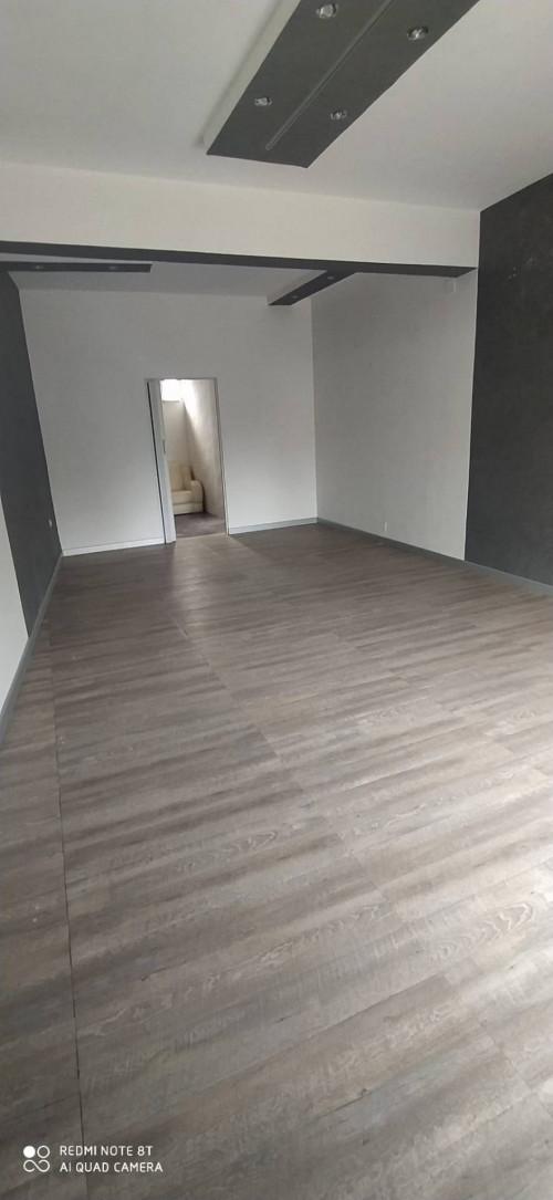 Vai alla scheda: Locale Commerciale Affitto - Caserta (CE) | Caserta 2 (Cerasola) - Rif. 400BA