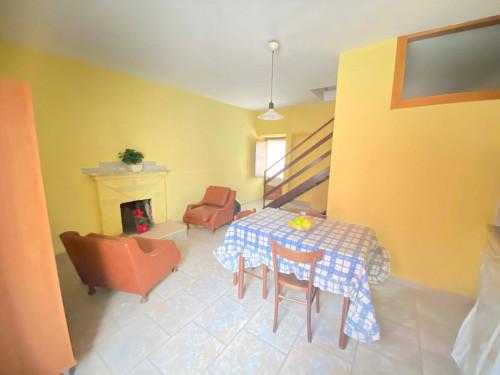 Vai alla scheda: Appartamento Affitto - Forino (AV)   Petruro - Rif. 11241
