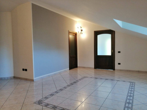 Vai alla scheda: Appartamento Affitto - Montoro (AV) - Rif. 8532