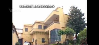 Vai alla scheda: Villa singola Vendita - Brusciano (NA) - Rif. 192666
