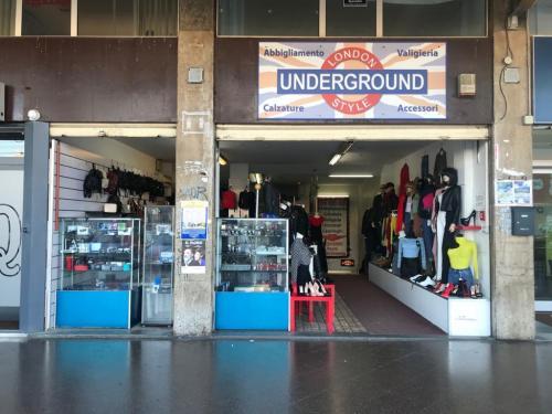 Vai alla scheda: Locale Commerciale Vendita Bari