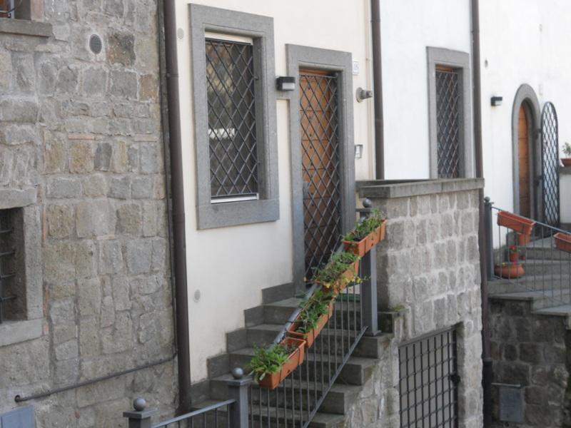 Bilocale Viterbo Via Valle Piatta 1