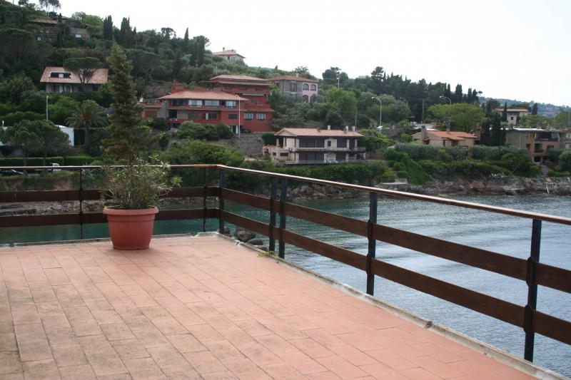 Villa in affitto a Monte Argentario, 10 locali, zona Località: PortoS.oStefano, prezzo € 14.000 | Cambio Casa.it