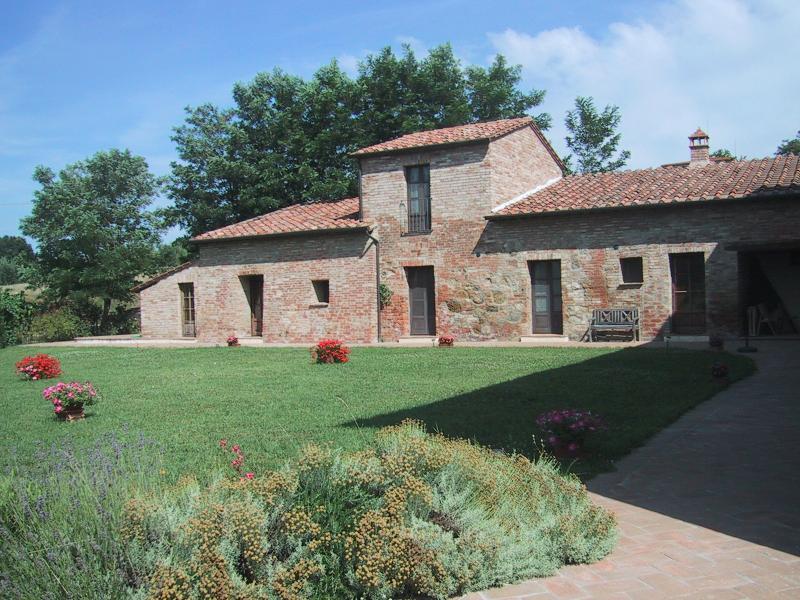 Rustico / Casale in vendita a Montepulciano, 14 locali, zona Località: Abbadia, prezzo € 650.000 | Cambio Casa.it