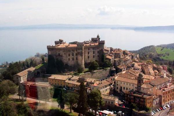 Palazzo / Stabile in vendita a Bracciano, 10 locali, prezzo € 1.500.000 | Cambio Casa.it