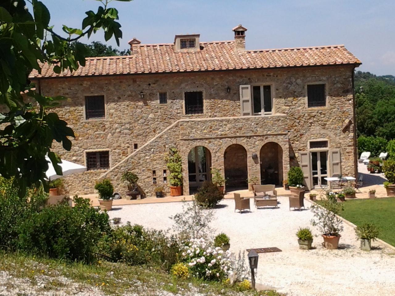 Villa in vendita a Rosignano Marittimo, 19 locali, zona Zona: Gabbro, prezzo € 1.700.000 | Cambio Casa.it
