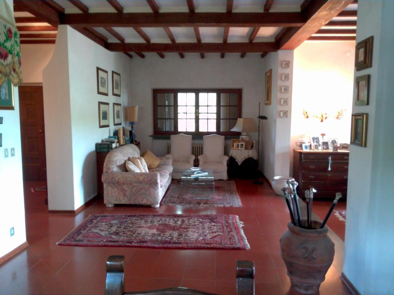 Villa in vendita a Fauglia, 12 locali, prezzo € 700.000 | Cambio Casa.it