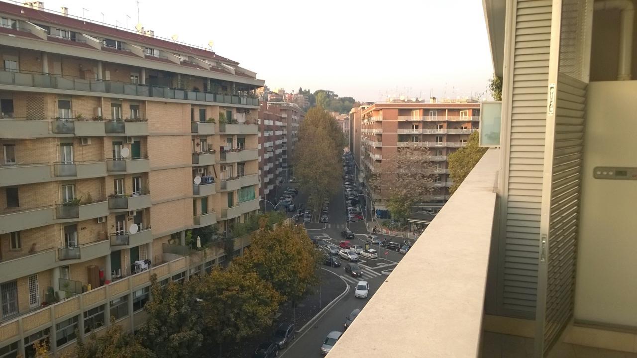 Cbi053 308 portuense bettoni appartamento in affitto a for Affitto uffici roma trastevere