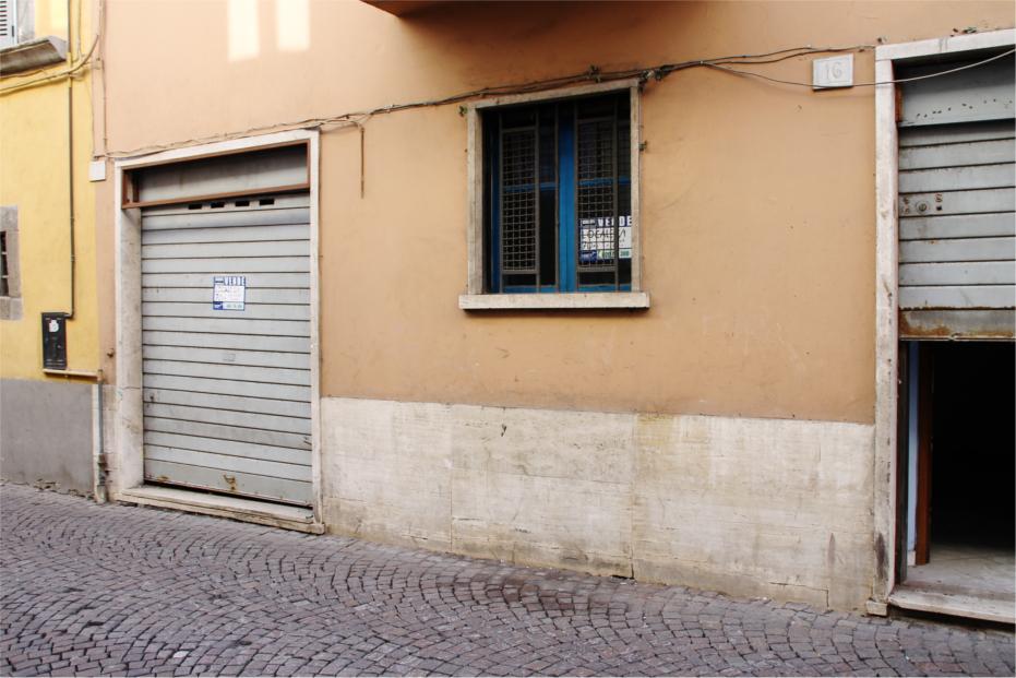 Negozio / Locale in vendita a Viterbo, 9999 locali, zona Zona: Centro, prezzo € 83.000   CambioCasa.it