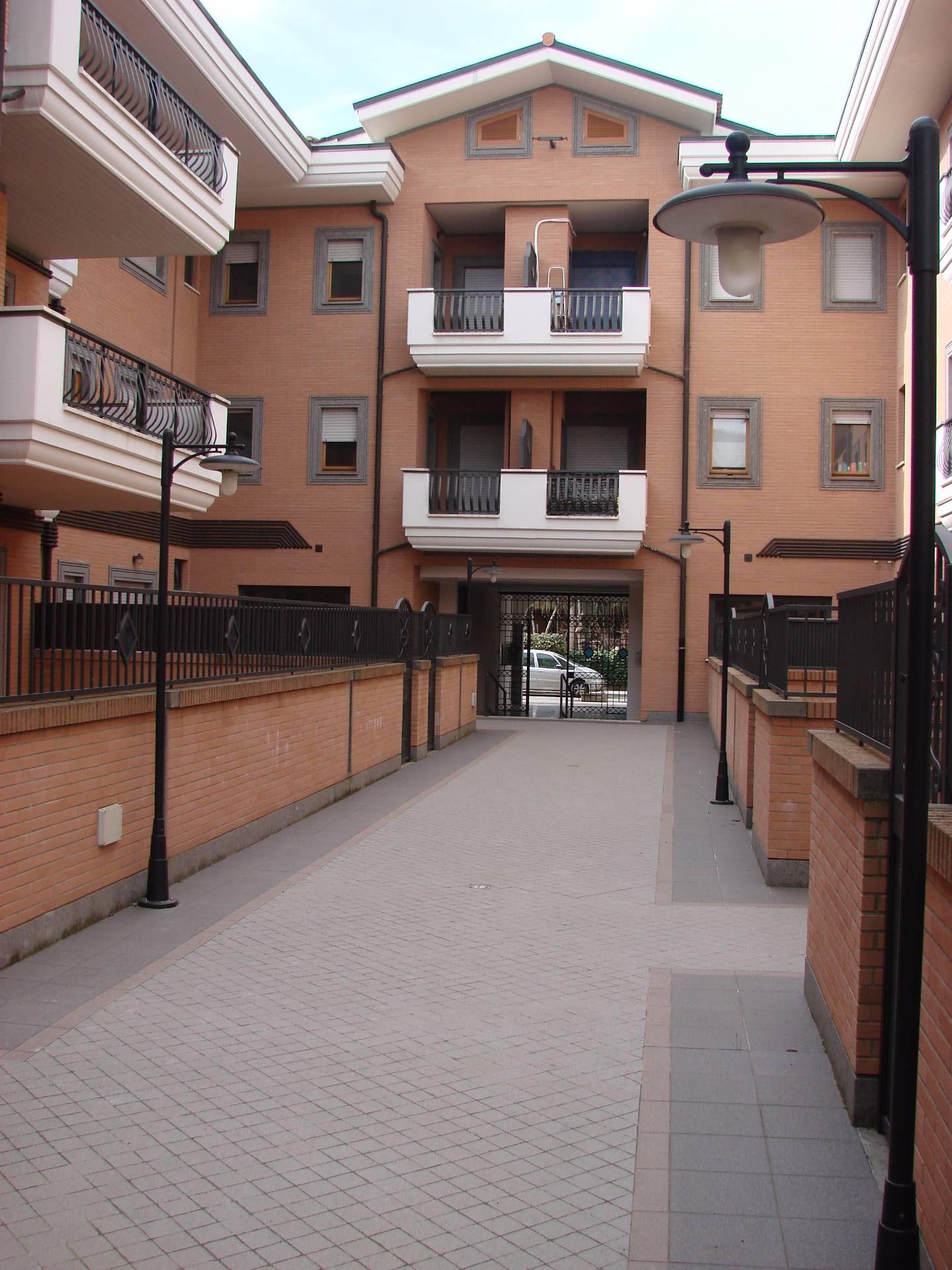 Attico / Mansarda in affitto a Marino, 7 locali, zona Località: S.aMariadelleMole, prezzo € 950 | Cambio Casa.it
