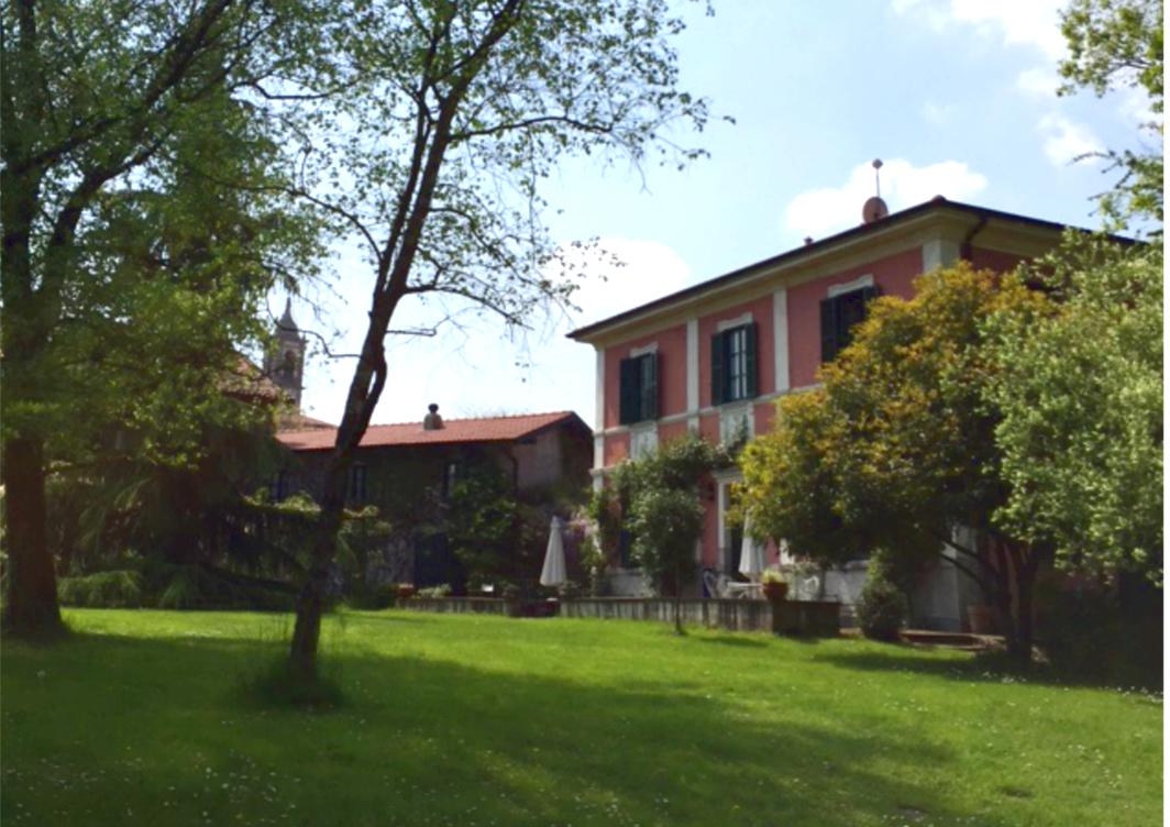 Villa in Vendita a Inarzo