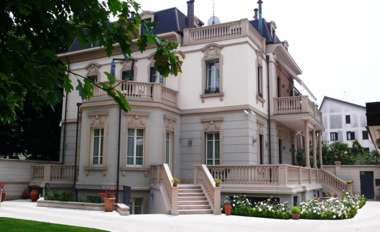 Attico / Mansarda in vendita a Gallarate, 3 locali, zona Località: Gallaratecentro, prezzo € 800.000 | Cambio Casa.it